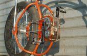 Boite transparente sur un vélo fait maison