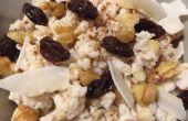 Pudding de riz brun de noix de coco dans une mijoteuse