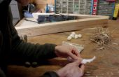 Comment allumer un feu avec un 2 X 4 et coton boule (Friction Fire)