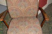 Un nouveau souffle de vie à une vieille chaise avec ferraille innertubes