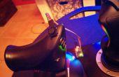 Ajouter un petit joystick de pouce deux axes analogiques à votre manette de jeu existante.