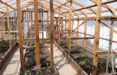 Serre - Guide pour construire une serre de bois à la maison -