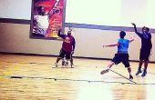 Comment faire pour tirer une balle de basket-ball
