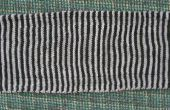 « La présence » NIN écharpe en tricot Illusion (ombre)