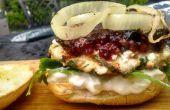 Burger de poulet à la grecque avec une Compote de bleuets