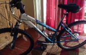 Monter un U-Lock sur le cadre du vélo féminin