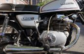 Suppression saisie & dépouillé vis de couvertures de moteur de moto