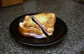 Classique chaud jambon et le fromage avec une touche italienne ail