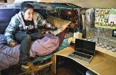 Van tourné dortoir, avec lit et bureau