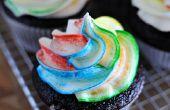 How to Tie-Dye glaçage des Cupcakes !