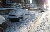 Protection de voiture avec des boules de neige