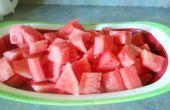 Comment couper (et enlever les graines du) une pastèque pour une salade
