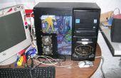 Le boîtier PC zombie mod, dos du PC mort avec le côté peu encombrant lecteurs montés.