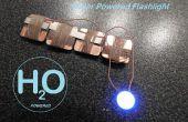 Eau Powered lampe de poche - micro MEDELIS batterie
