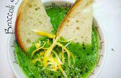Soupe de Cheddar brocoli vert vif