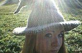 Bonneterie Assistant/Witch Hat