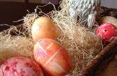 Teindre des oeufs de Pâques