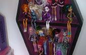 Coffret d'étalage de poupée haute monstre sous la forme d'un cercueil