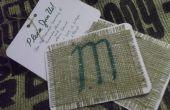 Invitation de mariage rustique à l'aide de tissu de toile de jute