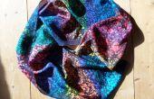 Foulard en soie Batik arc-en-ciel à l'aide d'un teazle !