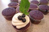 Rôti de Blueberry Cupcake avec Basil infusé chèvre fromage glaçage