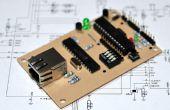 Une carte de crédit carte de contrôleur compatible Arduino Ethernet de taille
