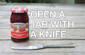 Ouvrir un bocal coincé avec un couteau