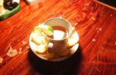 Préparation du thé Orange à l'aide de peaux