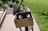 Comment mettre des autocollants pour pare-chocs sur un vélo avec une caisse de lait.