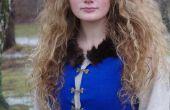 D'inspiration médiévale, robe bleue