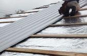 Réfection des toitures avec ondulé barrière métallique et rayonnante par-dessus les bardeaux d'asphalte en 3 étapes !