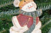 Faire un ornement de Noël bonhomme de neige sculpté