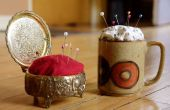 Faire un coussin de goupille de sortir d'une boîte à bijoux Vintage ou tasse à café