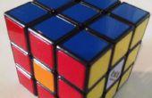Cube astuces Rubik: quatre taches