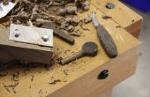 Tuning de chevilles et la correspondance des trous coniques