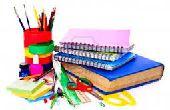 (Partie 1) Fournitures de bricolage Miniature scolaires : Crayons, cahiers de Composition, manuels et bien plus !