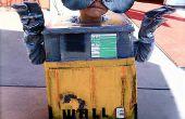 Construction de WALL-E et EVE Out de principalement de matériaux recyclés.