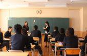 Preposition UNO - jeux pour les professeurs d'anglais (ESL)