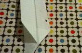 Avion en papier Boomerang est correct