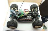 À l'aide d'Arduino et Bluetooth contrôle une voiture deux