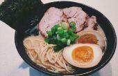 Comment faire un Ramen de bouillon de porc japonais