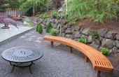 Courbe de banc de jardin de cèdre lamelles