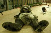 Gigantesque ours en peluche