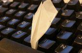 La plus petite avion de papier sur instructables.