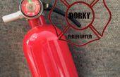 Extincteur d'incendie de pompier abruti