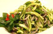 Salade de concombre épicée