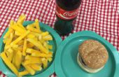 Prop faux Diner Food hamburgers, Chips, frites, hot dogs pour Grease, la comédie musicale