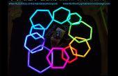 Hexagones de tuyau PEX avec bande LED RGB