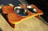 Table en bois de bol chien pour Spot