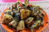 Version indienne Aloo Meethi instantanée. Collation de fenugrec de pomme de terre